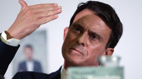 Manuel Valls hué à Barcelone par des indépendantistes et des prostituées (VIDEOS)