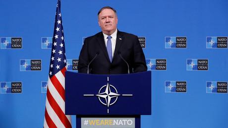 Le secrétaire d'Etat américain Mike Pompeo au siège de l'OTAN à Bruxelles le 4 décembre 2018.