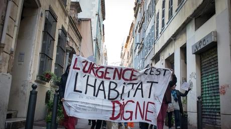 Crise des évacués à Marseille : à la rencontre des personnes en attente de relogement (VIDEO)
