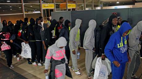Des migrants ivoiriens retournent de Libye à Abidjan (image d'illustration).