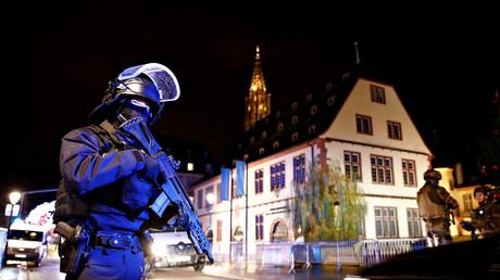 Les forces sécurisent le périmètre du marché de Noël à Strasbourg après l'attaque (image d'illustration).