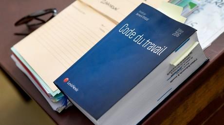 Le droit européen et international peut-il modifier le droit du travail en France ?.
