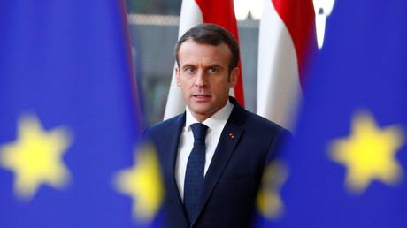 Emmanuel Macron va-t-il suivre le conseil de généraux ?