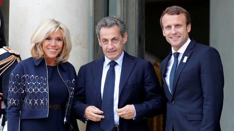 Nicolas Sarkozy et le couple Macron.