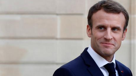 Comme Monsieur Tout-le-monde : Emmanuel Macron a déjeuné dans un Courtepaille