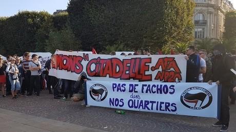 300 personnes manifestent à Lille pour faire fermer le bar identitaire La Citadelle (PHOTOS)