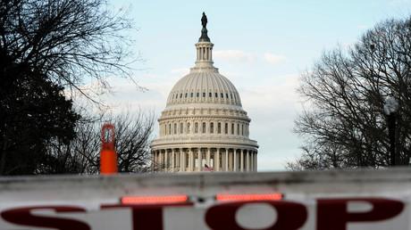 Les Etats-Unis passeront les fêtes de fin d'année en shutdown partiel et voient les marchés chuter