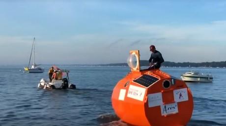 Traverser l'Atlantique en tonneau : l'étonnant défi d'un septuagénaire français