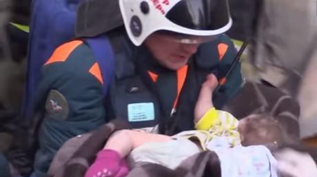 Sauvetage d'un nourrisson à Magnitogorsk, en Russie