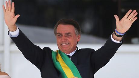Brésil : Bolsonaro entame son mandat en présence de Viktor Orban et Benjamin Netanyahou