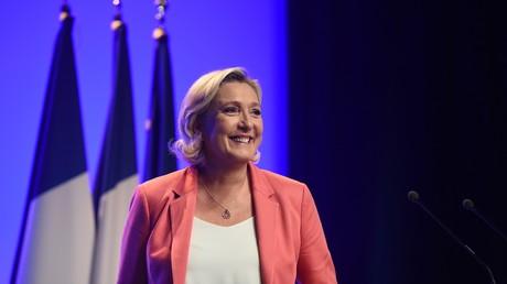 Marine Le Pen se rend à Matignon pour assister à une réunion avec le Premier ministre Edouard, le 3 décembre 2018.