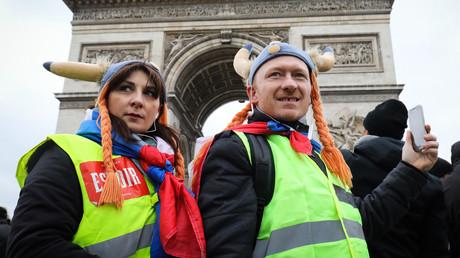 Des manifestants Gilets jaunes sur la place de l'Etoile à Paris, le 12 ajnvier 2018. (image d'illustration)