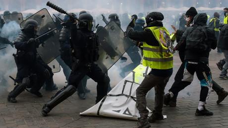 Il y a eu plusieurs tensions entre les Gilets jaunes et les autorités le 12 janvier à Toulouse.