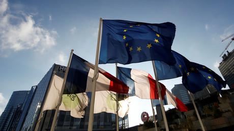 Les défenseurs de la souveraineté nationale et populaire en France désapprouvent massivement le fonctionnement de l'Union européenne.