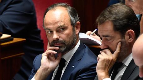Christophe Castaner et Jean-Yves Le Drian à l'Assemblée nationale.
