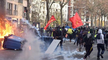 Le maire Les Républicains de Toulouse raconte s'être déguisé pour s'infiltrer chez les Gilets jaunes