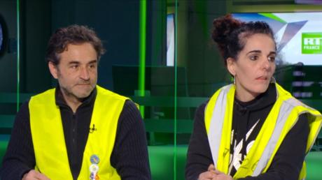 Les Gilets jaunes José Manrubia et Angélique Vozza sur le plateau de RT France, le 20 janvier 2017.