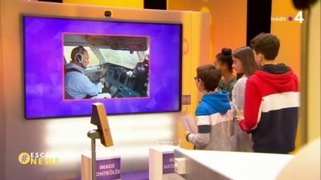 France 4 tente de démontrer, avec des photos, que Vladimir Poutine veut contrôler son image. Mais n'est-ce pas le cas de chaque politique ?