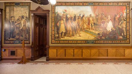L'une des fresques de Luigi Gregori, dépeignant la vie de Christophe Colomb, à l'université Notre-Dame.