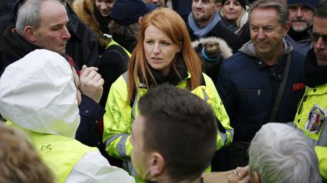 Ingrid Levavasseur, figure du mouvement des Gilets jaunes, participe à un rassemblement à Bourgtheroulde, dans le nord-ouest de la France, le 15 janvier 2019 (image d'illustration).