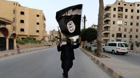 Un militant djihadiste de Daesh à Raqqa, juin 2014 (image d'illustration).
