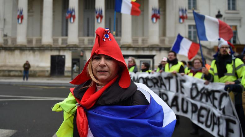 64% des Français soutiennent les Gilets jaunes et 77% jugent la mobilisation justifiée