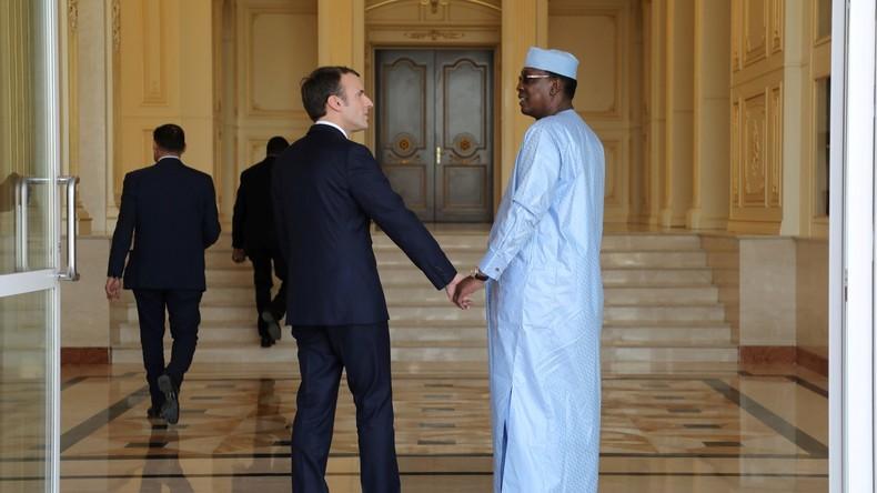 «Eviter un coup d'Etat» : Le Drian justifie les frappes aériennes au Tchad pour protéger Idriss Déby