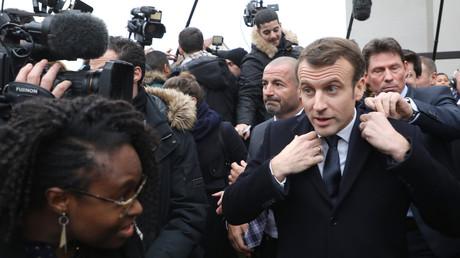 Emmanuel Macron arrive à Evry (Essonne), le 4 février 2019.