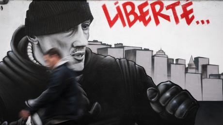 Graffiti représentant l'ancien boxeur Christophe Dettinger.