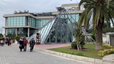 Le Louvre à 5500 km de Paris? Une réplique du musée emblématique ouvre en Iran