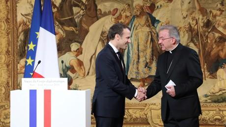 L'ambassadeur du Vatican en France soupçonné d'agression sexuelle, une enquête ouverte