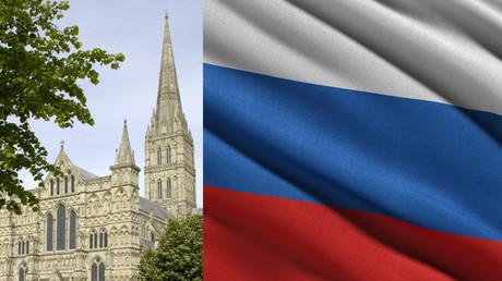 Royaume-Uni : qui a déployé un immense drapeau russe au sommet de la cathédrale de Salisbury ?