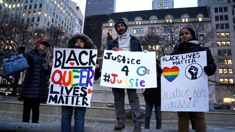 Agression de l'acteur Jussie Smolett à Chicago : la police affirme qu'il s'agit d'une mise en scène