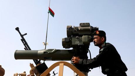 Un soldat de l'armée pakistanaise, lors d'une exposition militaire à Karachi, le 28 novembre 2018 (image d'illustration).