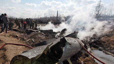 La carcasse d'un avion indien abattu dans la région du Cachemire le 27 février 2019.