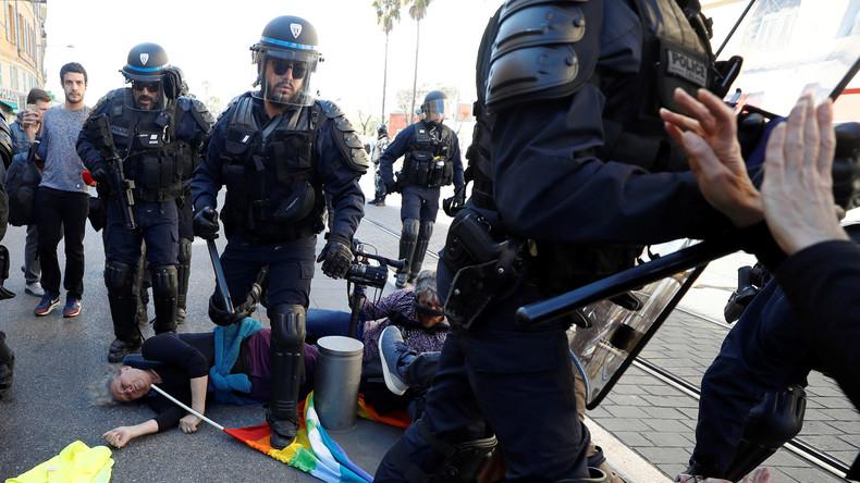 Acte 19 des Gilets jaunes : une femme blessée après une charge de la police à Nice