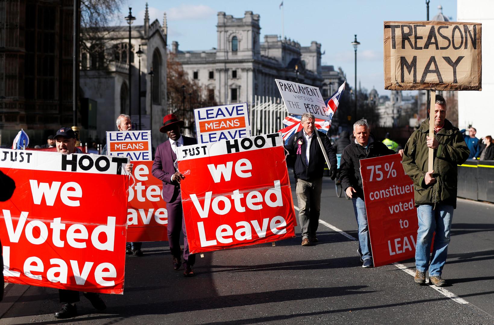 «Pas besoin de l'UE» : ces Britanniques qui entendent faire valoir la légitimité des urnes