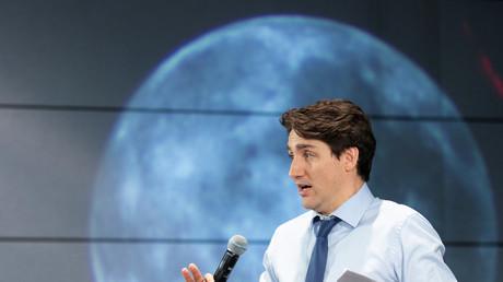 Justin Trudeau rencontre des enfants à l'agence canadienne de l'espace de Loungueuil, Québec, Canada, 28 février 2019 (image d'illustration).