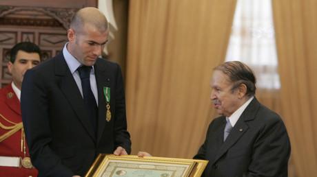 Grand jour pour l'Algérie ? Twitter se délecte du retour de Zidane et du renoncement de Bouteflika