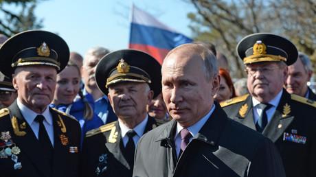 Vladimir Poutine en visite en Crimée à l'occasion du 5e anniversaire du rattachement de la péninsule à la Russie
