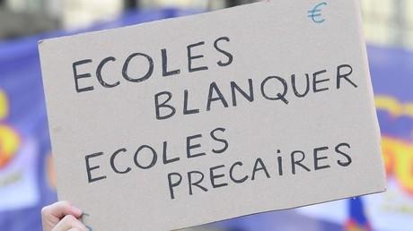 «Violence pure» : des enseignants grévistes aspergés de gaz lacrymogène à Toulouse (VIDEO)
