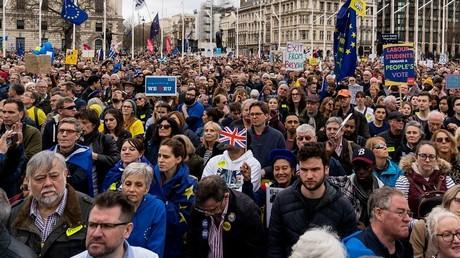 Londres : manifestation monstre pour exiger un nouveau référendum sur le Brexit (PHOTOS)