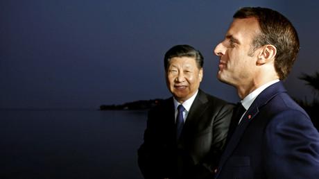 Le président chinois Xi Jinping en compagnie d'Emmanuel Macron le 24 mars 2019 à Beaulieu-sur-Mer près de Nice.