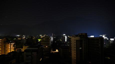 Le Venezuela plongé dans le noir pour la 2e fois en un mois, le gouvernement déplore une «attaque»