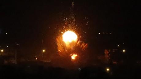 Israël riposte à de nouveaux tirs de roquettes par des frappes sur Gaza