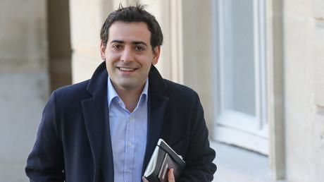 Stéphane Séjourné, directeur de campagne de la liste LREM-Modem pour les prochaines élections européennes, arrive pour une réunion à l'Elysée le 15 février 2019 à Paris (image d'illustration).