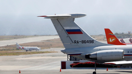Un avion russe Iliouchine Il-62 à l'aéroport de Caracas (image d'illustration).