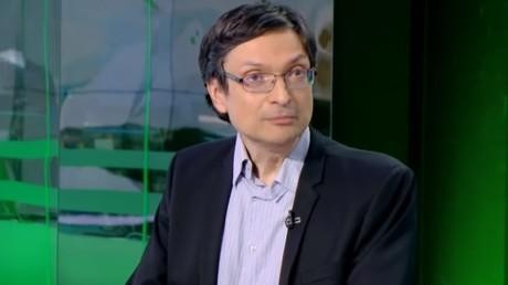 Eric Alt, vice-président d'Anticor, sur le plateau de RT France, le 27 mars 2019.