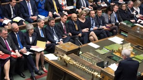 Vote du Brexit au parlement britannique : l'heure du départ va-t-elle enfin sonner ?