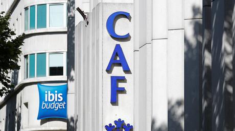Après l'occupation de son toit par Génération identitaire, la Caf de Bobigny porte plainte